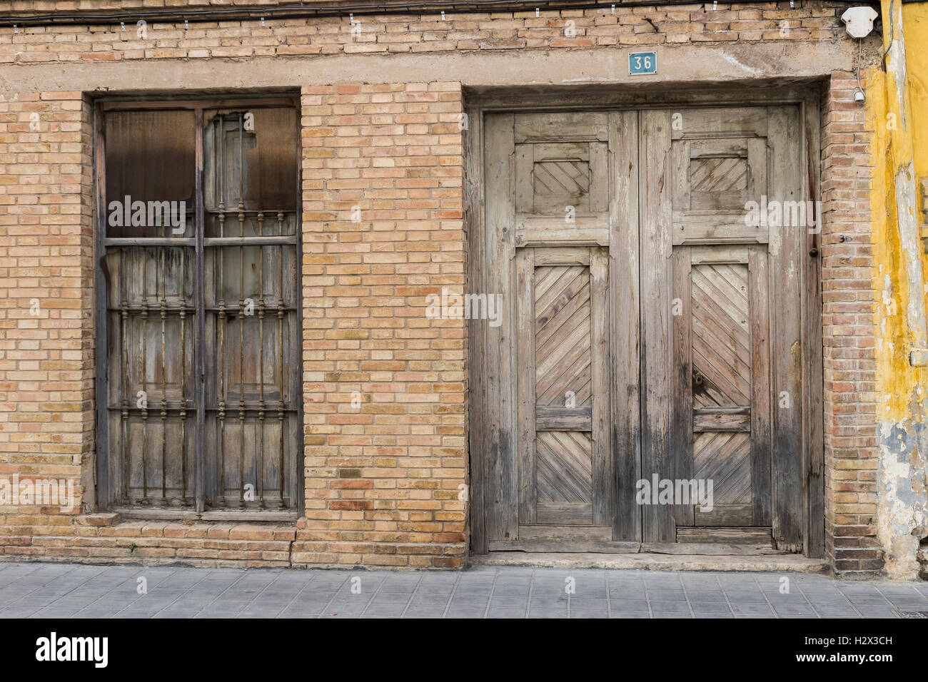 Old timber door & Old timber door Stock Photo Royalty Free Image: 122275345 - Alamy Pezcame.Com