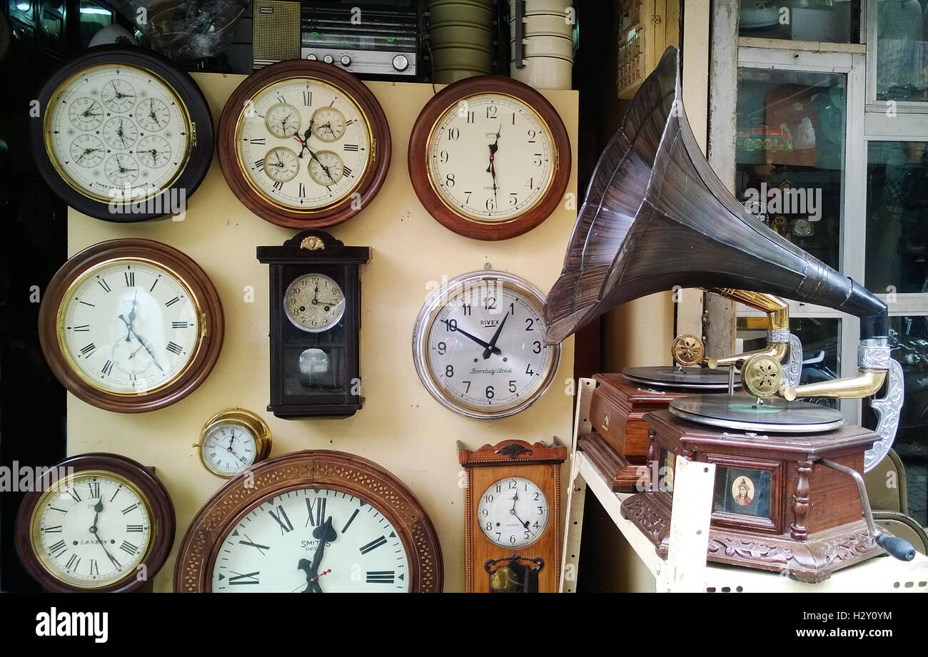 Vintage Clocks And Gramophones Shop In Chor Bazaar Mumbai