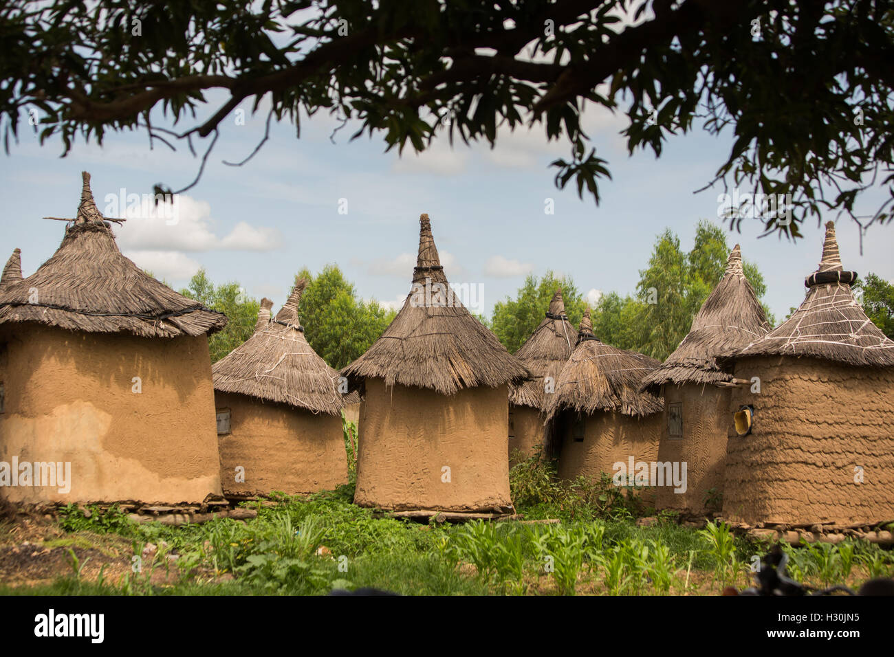 africa mud huts african architecture stock photos & africa mud