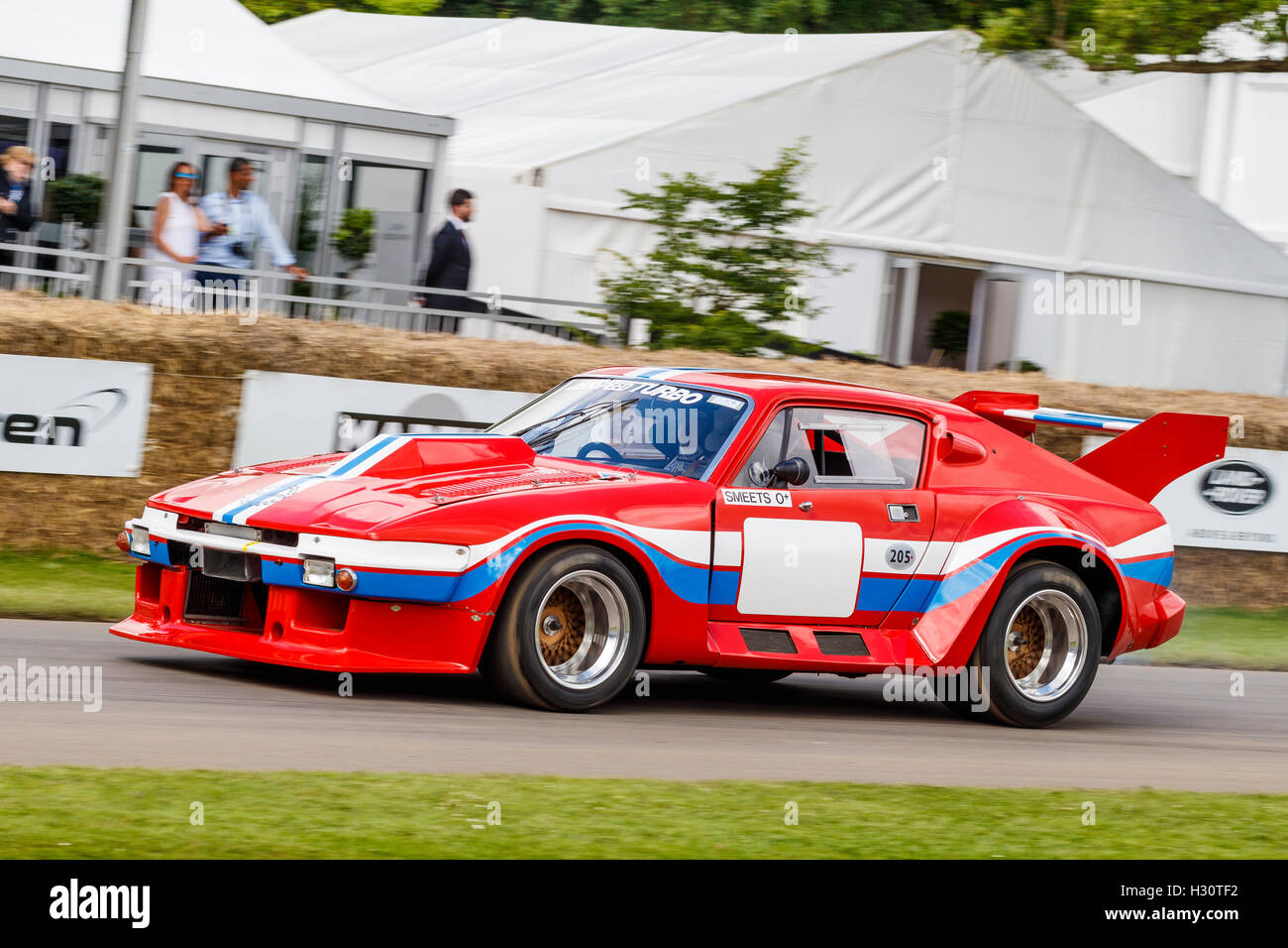 1977 triumph tr7 v8 turbo le mans with driver bert smeets at the 2016 stock photo royalty free. Black Bedroom Furniture Sets. Home Design Ideas