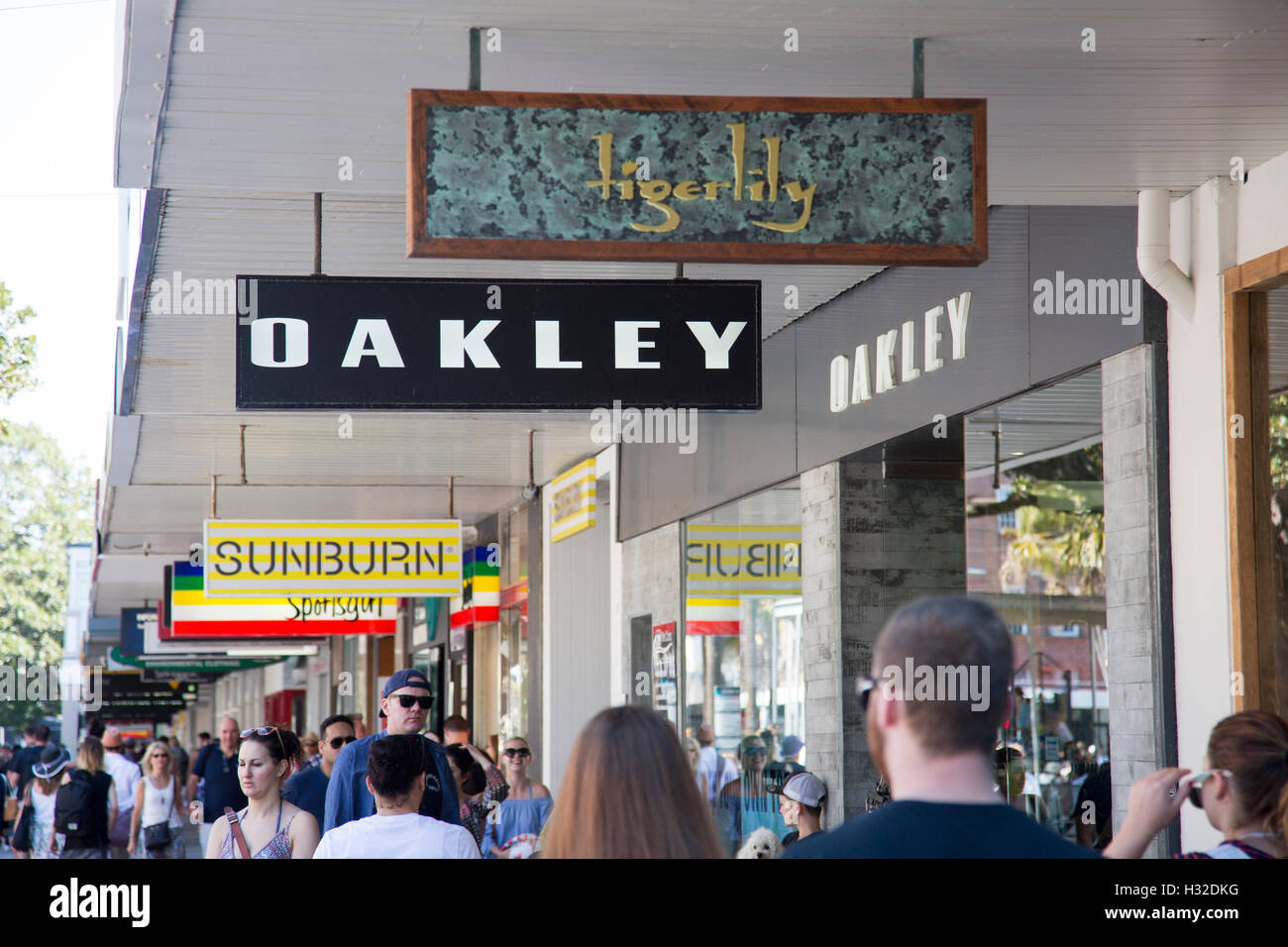 oakley clothing store. Black Bedroom Furniture Sets. Home Design Ideas