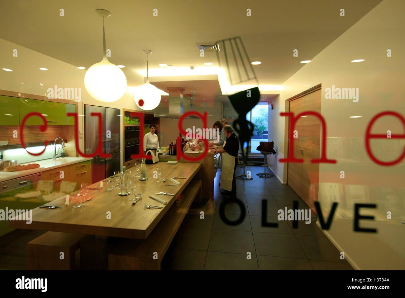 Kitchenclassroom In Ecole De Cuisine Alain Ducasse Alain Ducasse - Ecole de cuisine paris