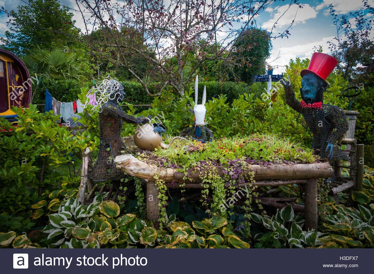 alice in wonderland garden. mad hatter\u0027s tea party in alice wonderland garden ralph court gardens at edwyn near bromyard herefordshire