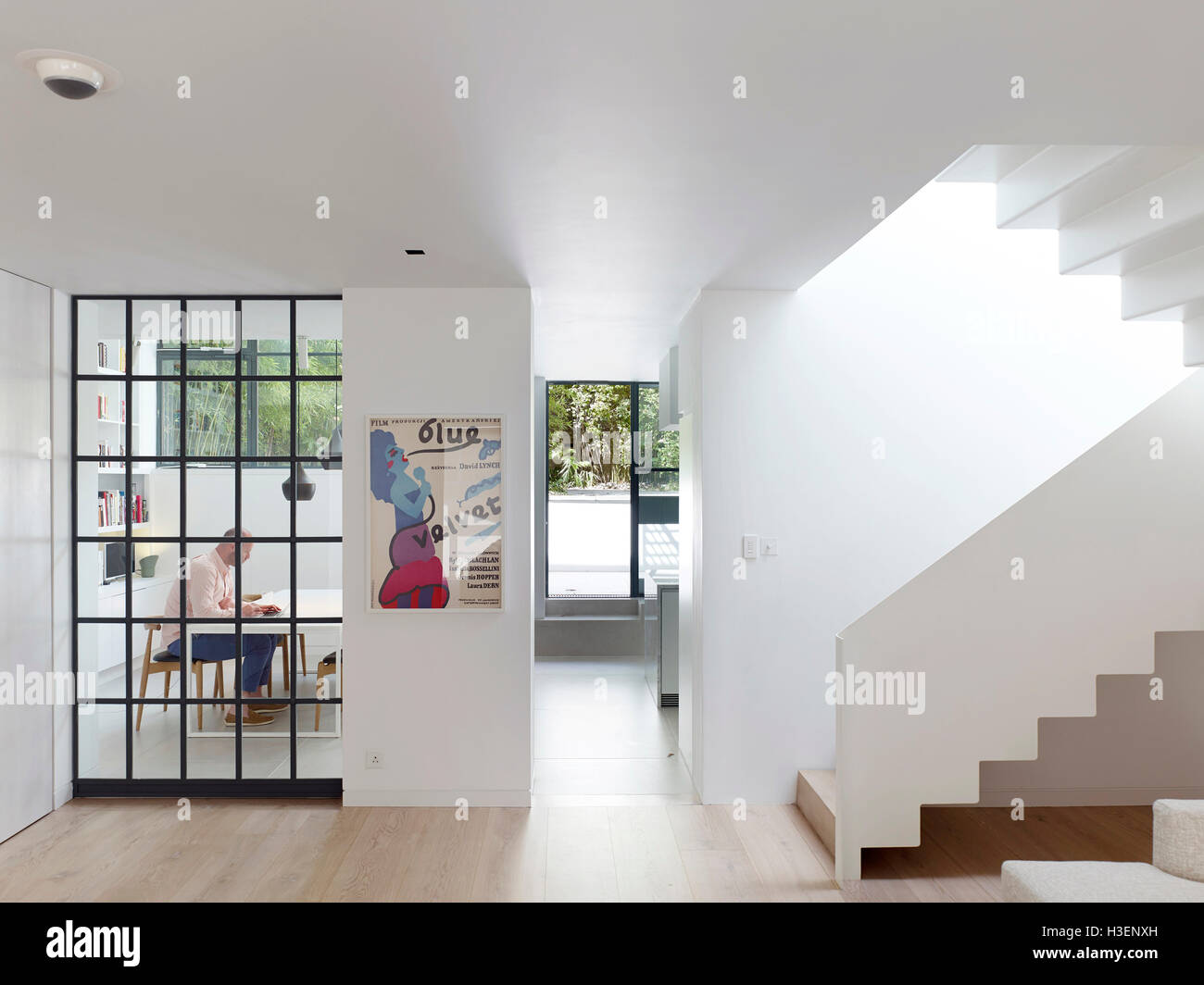 Living room and kitchen beyond. Bloomsbury House, london, United ...