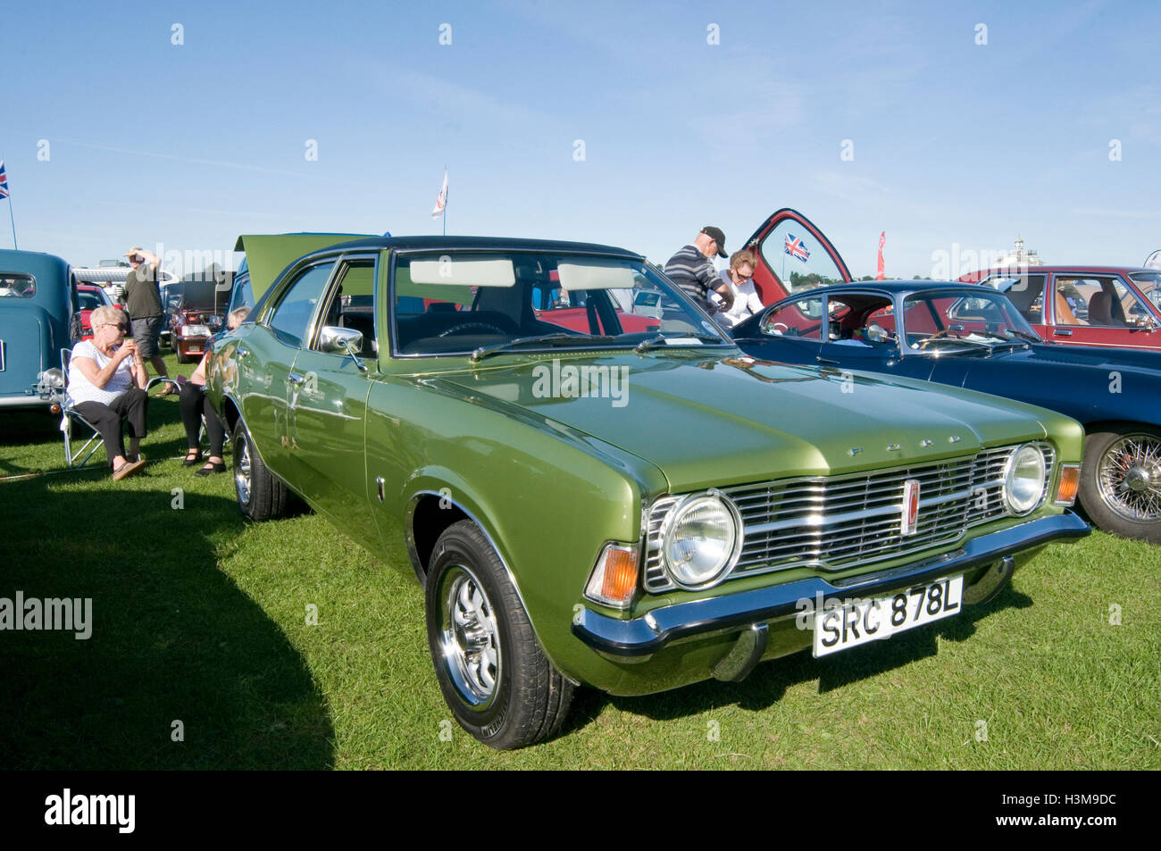 old ford cortina stock photos & old ford cortina stock images - alamy