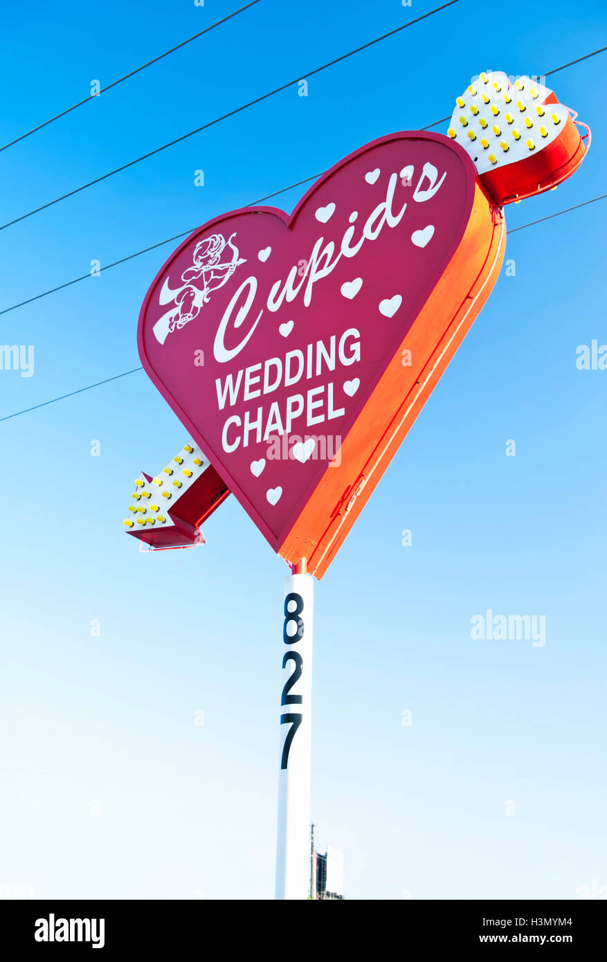 Cupids Wedding Chapel Downtown Las Vegas On Corner Of Blvd And Hoover Ave