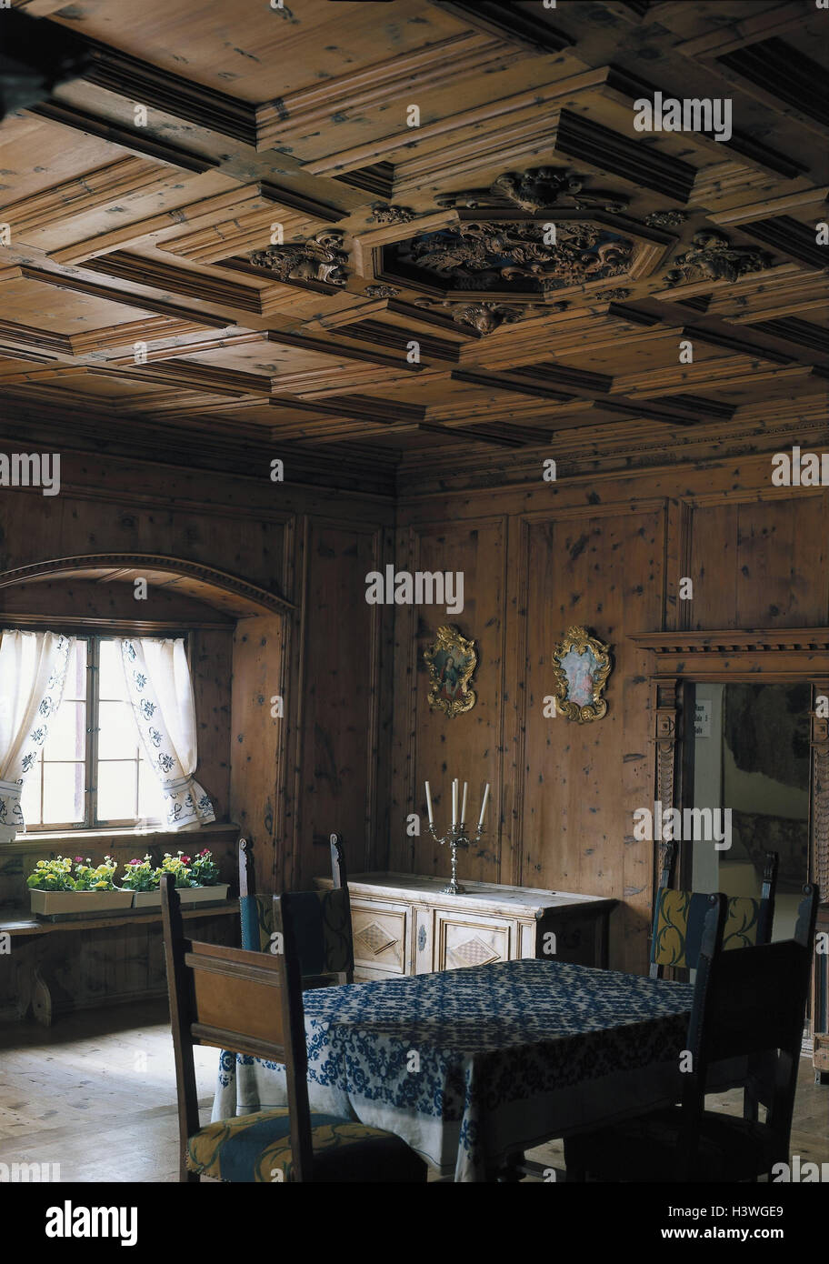 Holzvertäfelung switzerland cloister müstair prince s room detail living space