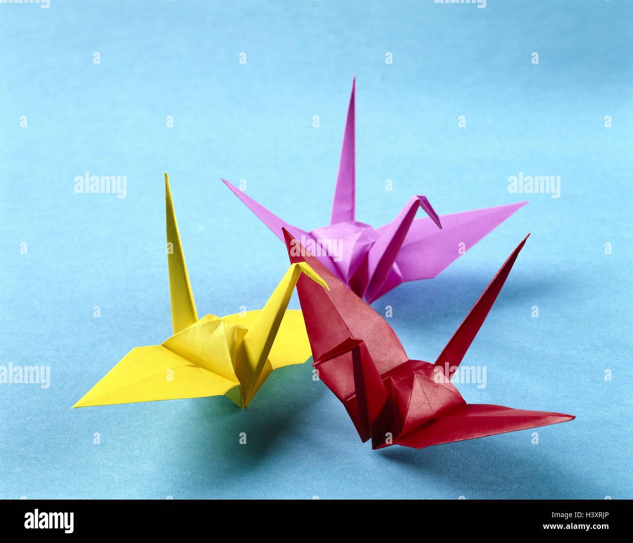 Origami japanese paper folding art animals birds brightly origami japanese paper folding art animals birds brightly japan art figures mythical figures three colourfully fold folding art skill jeuxipadfo Images