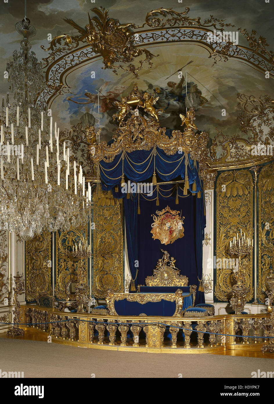 Germany upper bavaria oberammergau castle gentle court bedroom bavaria lock royal castle king ludwig ii rococo lock architectural style rococo architecture room bed art culture grace notes place of interest arubaitofo Images