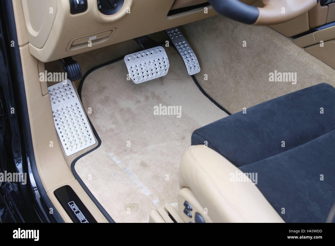 Porsche cayenne gemballa detail leg room car detail floor mat