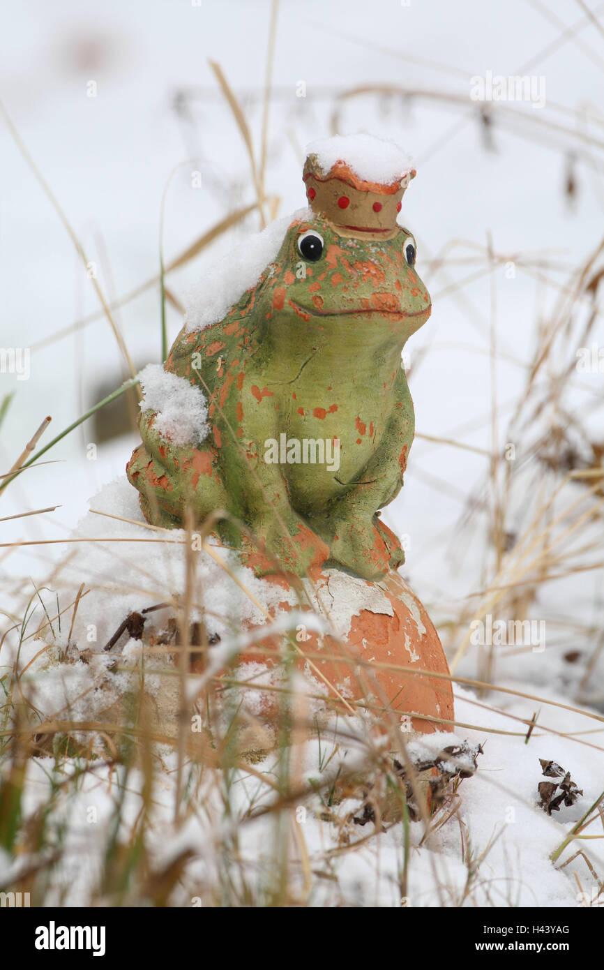 garden figure frog prince snow garden figure fairy tale