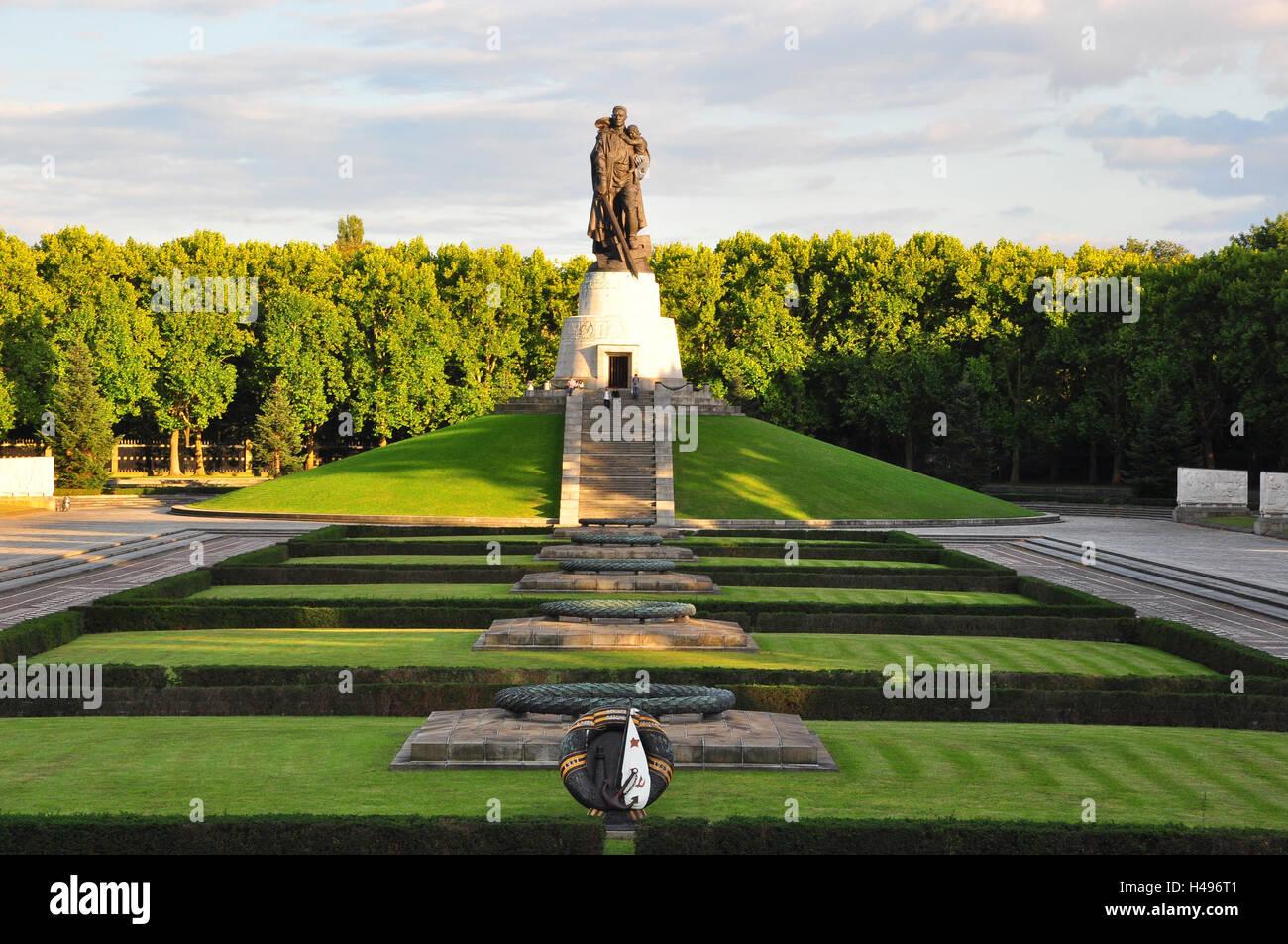 Soviet memorial dedicated to cosmonauts from kaliningrad - Germany Berlin Treptow Soviet Monument Stock Image