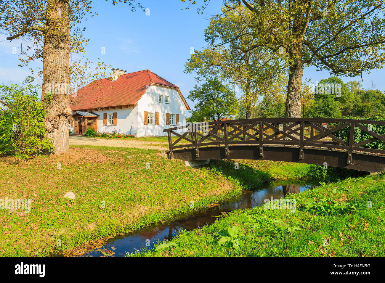 Erstaunlich countryside landscape with for Countryside Landscape With House  303mzq
