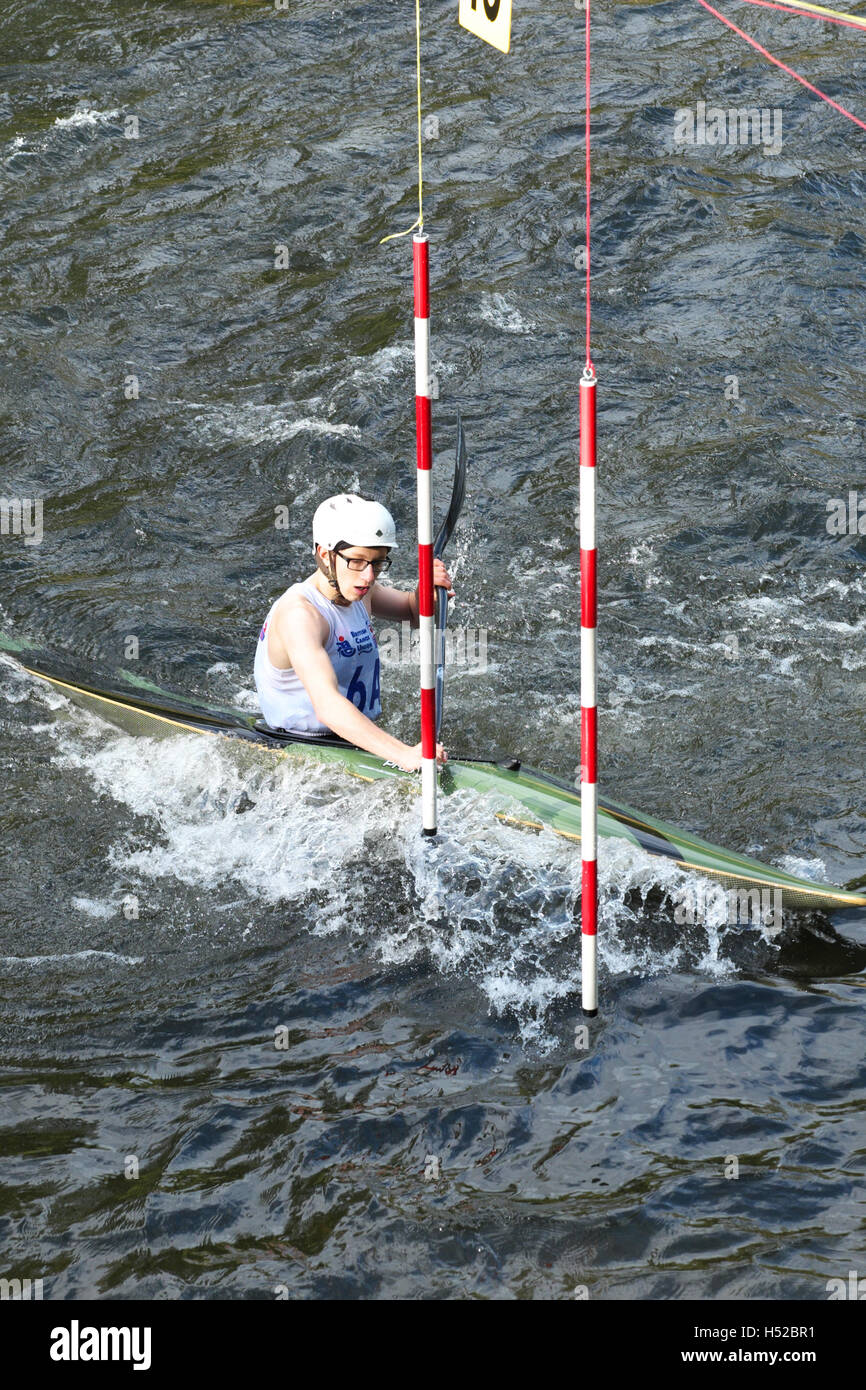 British Canoeing BCU Slalom Competition Event On The River Wye In Herefordshire England UK