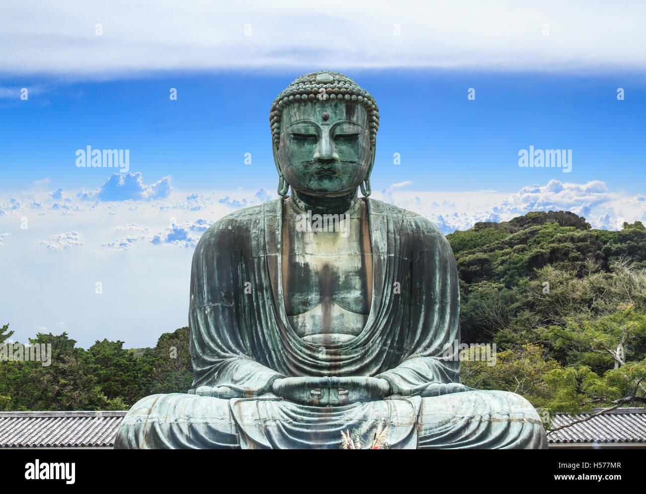 Buddha daibutsu of kotoku in temple kamakura city metro tokyo buddha daibutsu of kotoku in temple kamakura city metro tokyo japan blue sky background voltagebd Choice Image