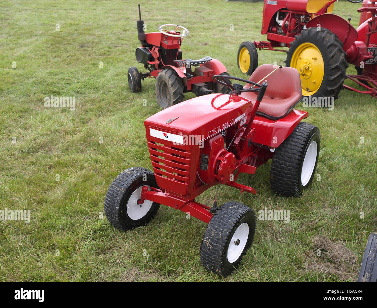 Wheel Horse Garden Tractor On Display At Lineside Vintage Weekend Stock Photo Royalty Free