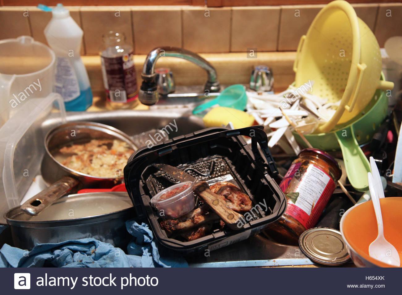 messy food kitchen sex