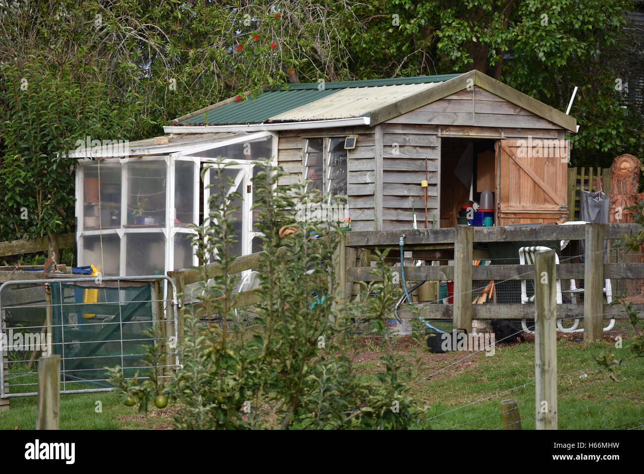 wooden garden shed with small greenhouse attached - Garden Sheds With Greenhouse