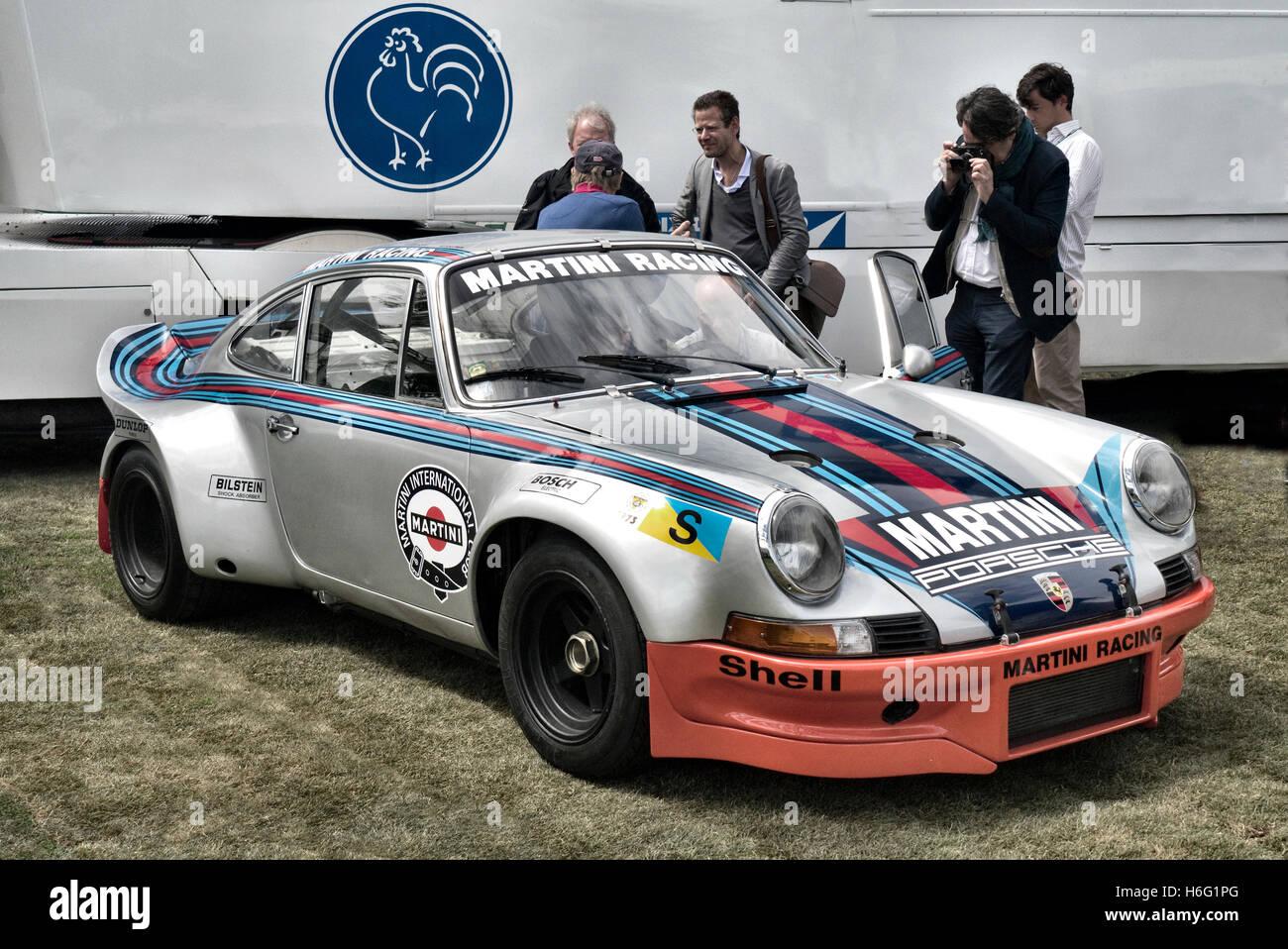 Porsche 911 rsr 1973 le mans car driven by gijs van lennep and h porsche 911 rsr 1973 le mans car driven by gijs van lennep and h muller vanachro Images