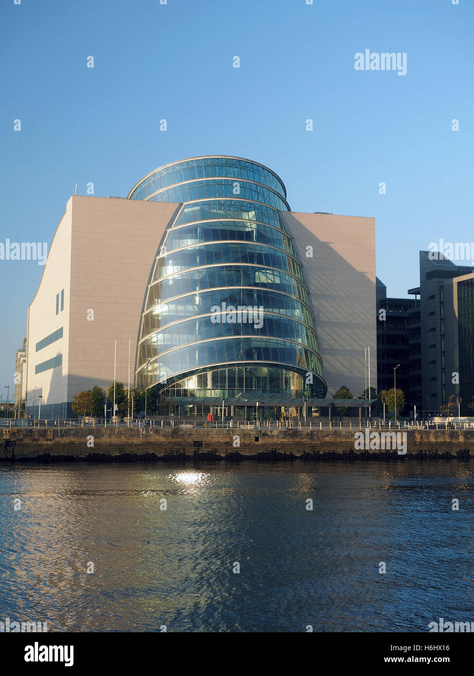 Curved Architecture Modern Architecture New Glass Curved Angled Convention Center