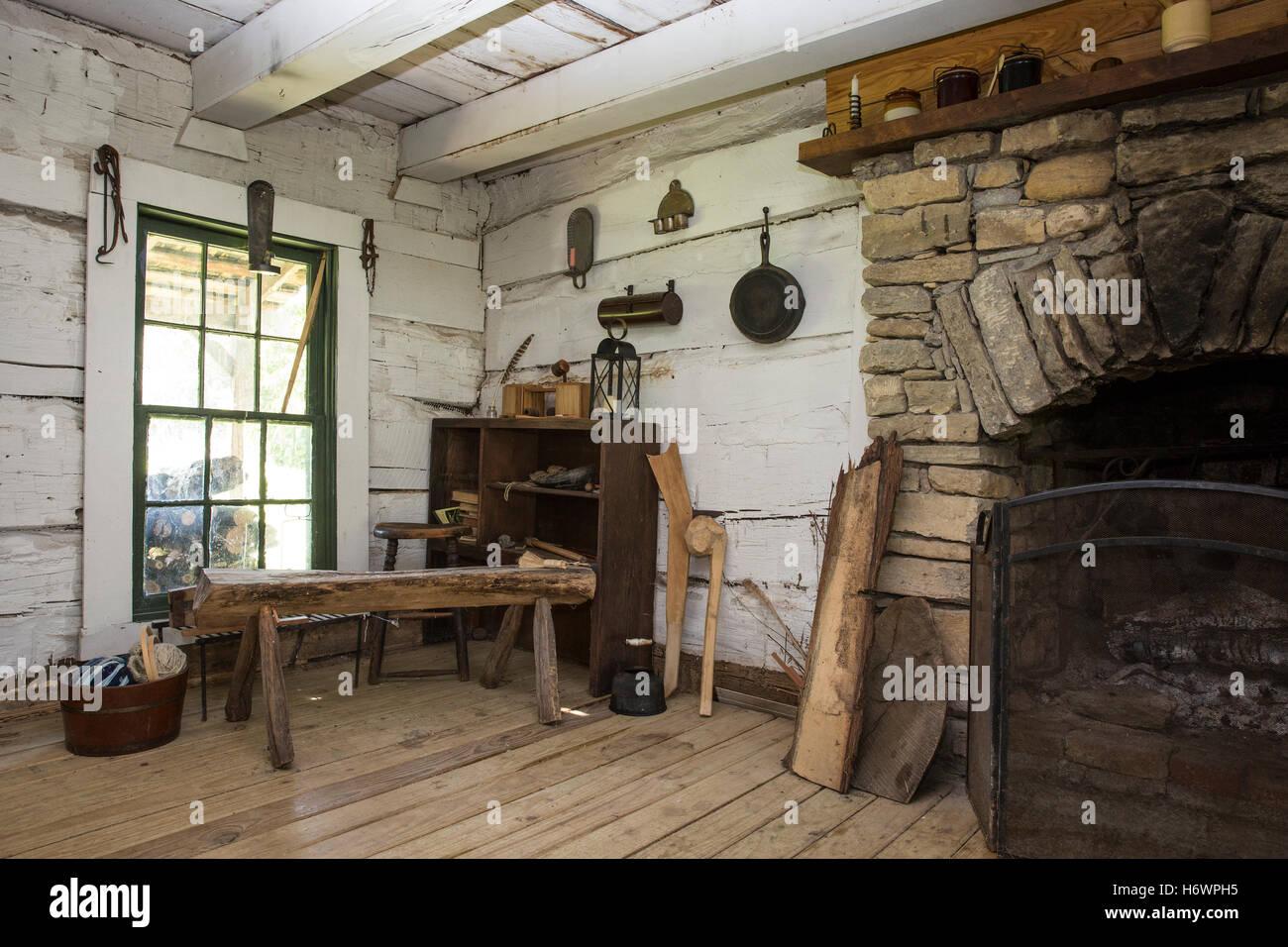 Inside Of A Pioneer Cabin Caesar Creek State Park