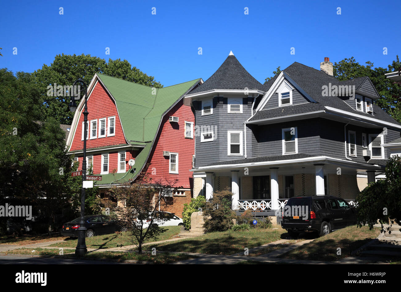 Victorian style houses at ditmas park brooklyn new york for New victorian style homes