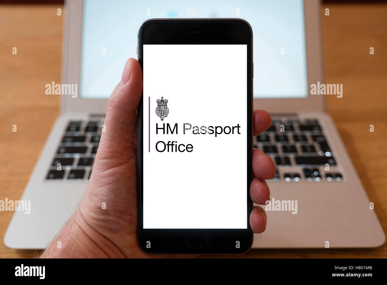 Home office passport logo picture.