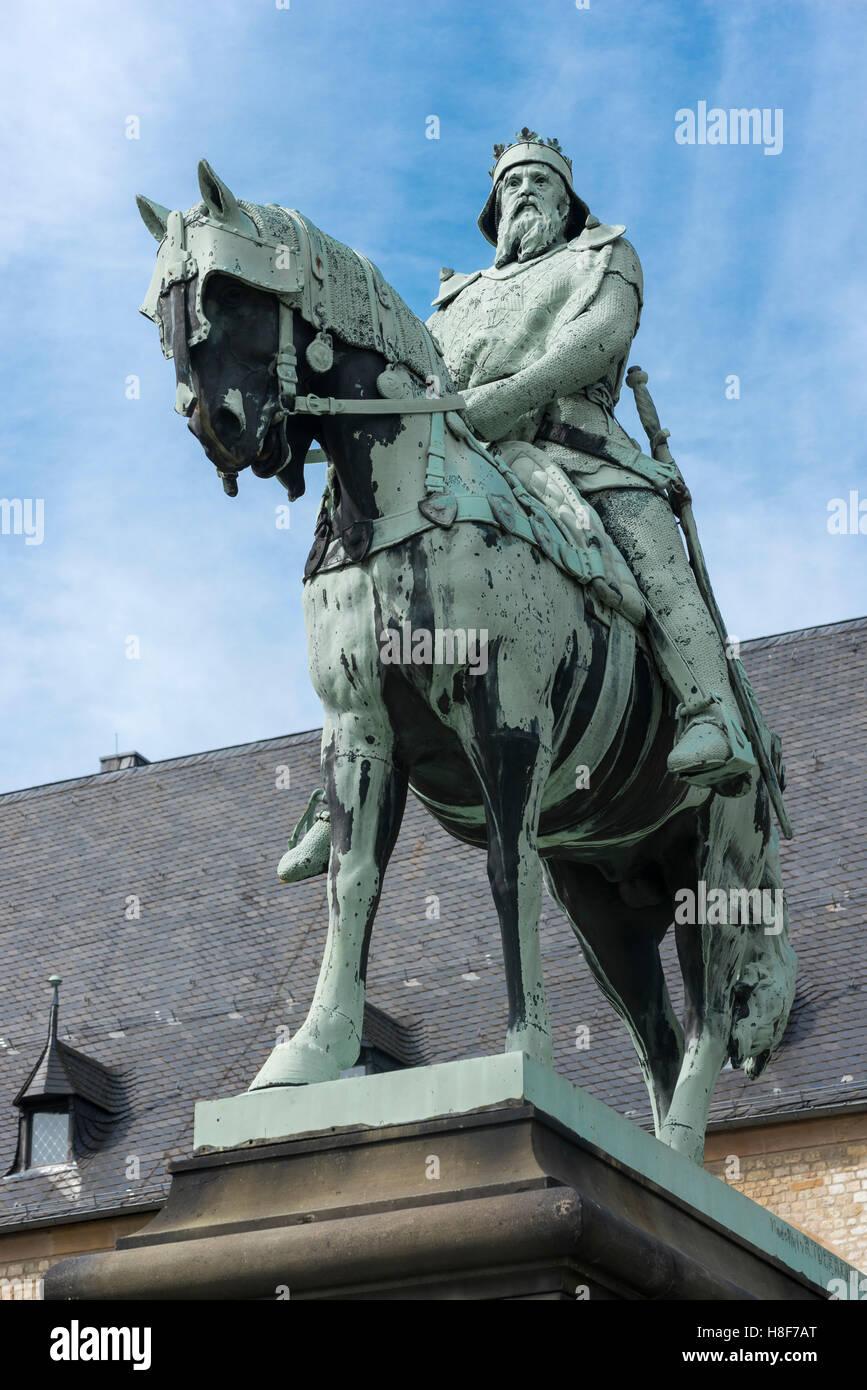 equestrian statue of emperor frederick barbarossa