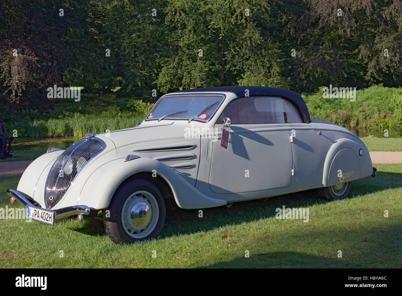 peugeot 402 eclipse cabriolet from 1940 classic french car schloss stock photo royalty free. Black Bedroom Furniture Sets. Home Design Ideas