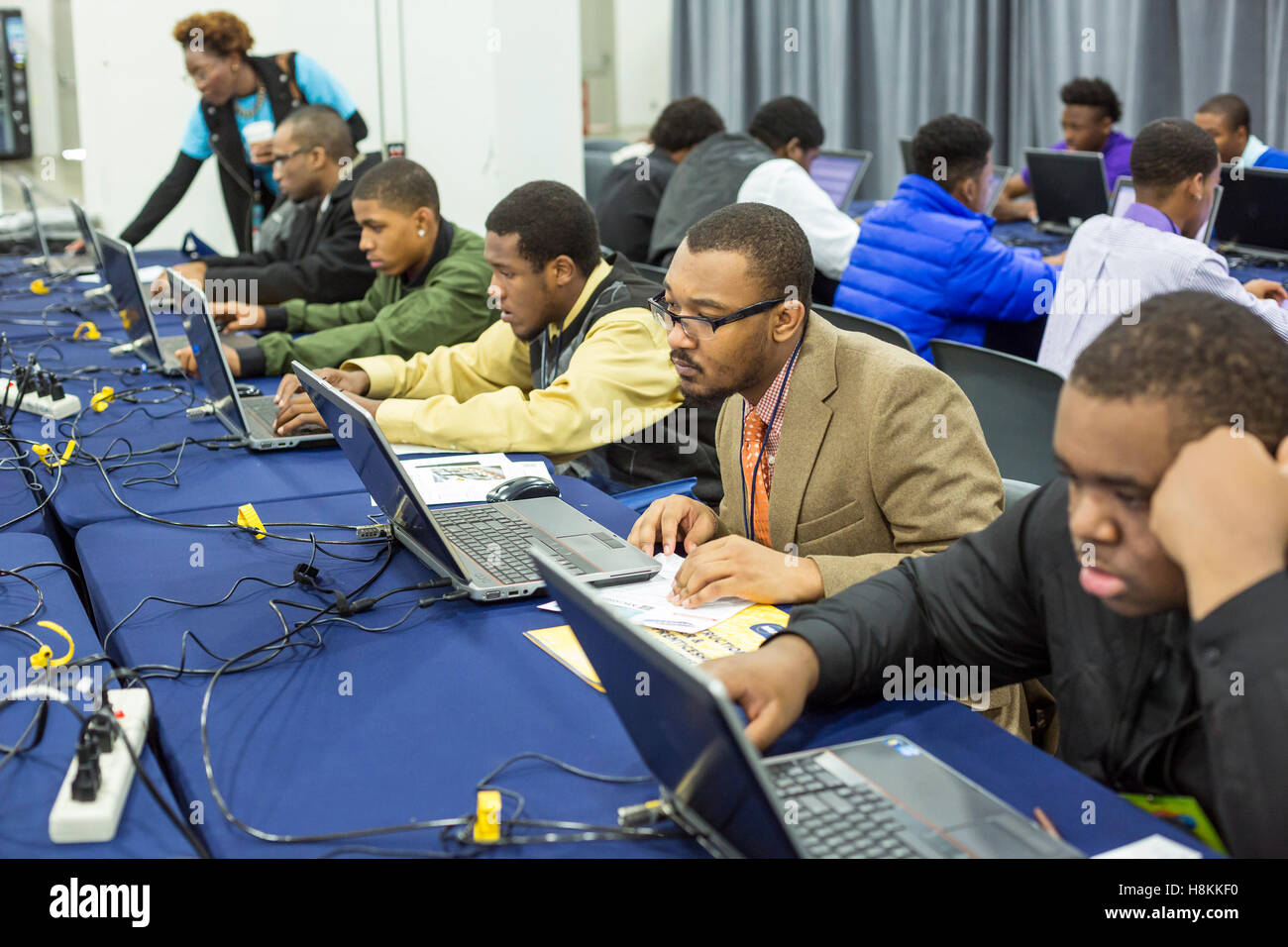 detroit united states 14th nov 2016 detroit michigan young detroit michigan young african american men apply for jobs online at a job fair sponsored by the nonprofit my brother s keeper