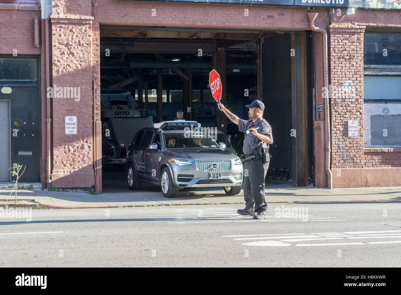 uber-self-driving-vehicle-testing-in-san