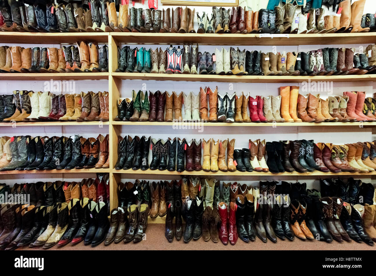Furniture consignment stores in santa fe nm - Santa Fe New Mexico United States Vintage Cowboy Boots