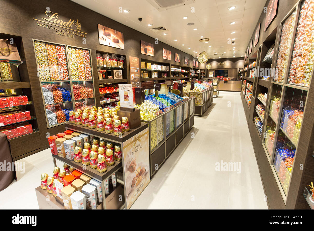 Lindt Chocolate store Stock Photo, Royalty Free Image: 125942729 ...