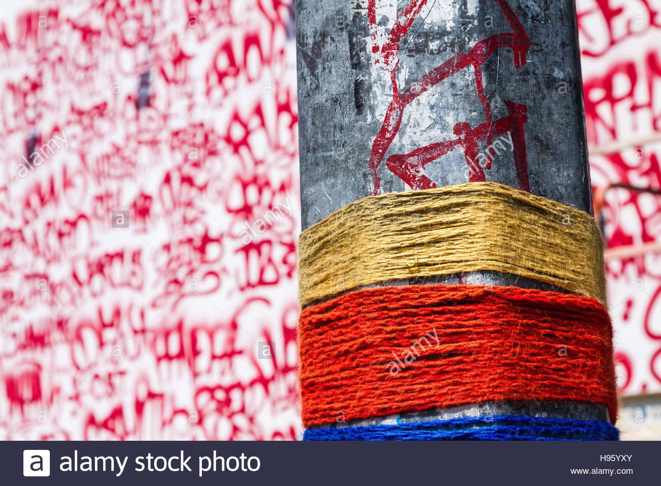 Graffiti wall usa - Barry Mcgee Mural On The Bowery Graffiti Wall New York City Usa