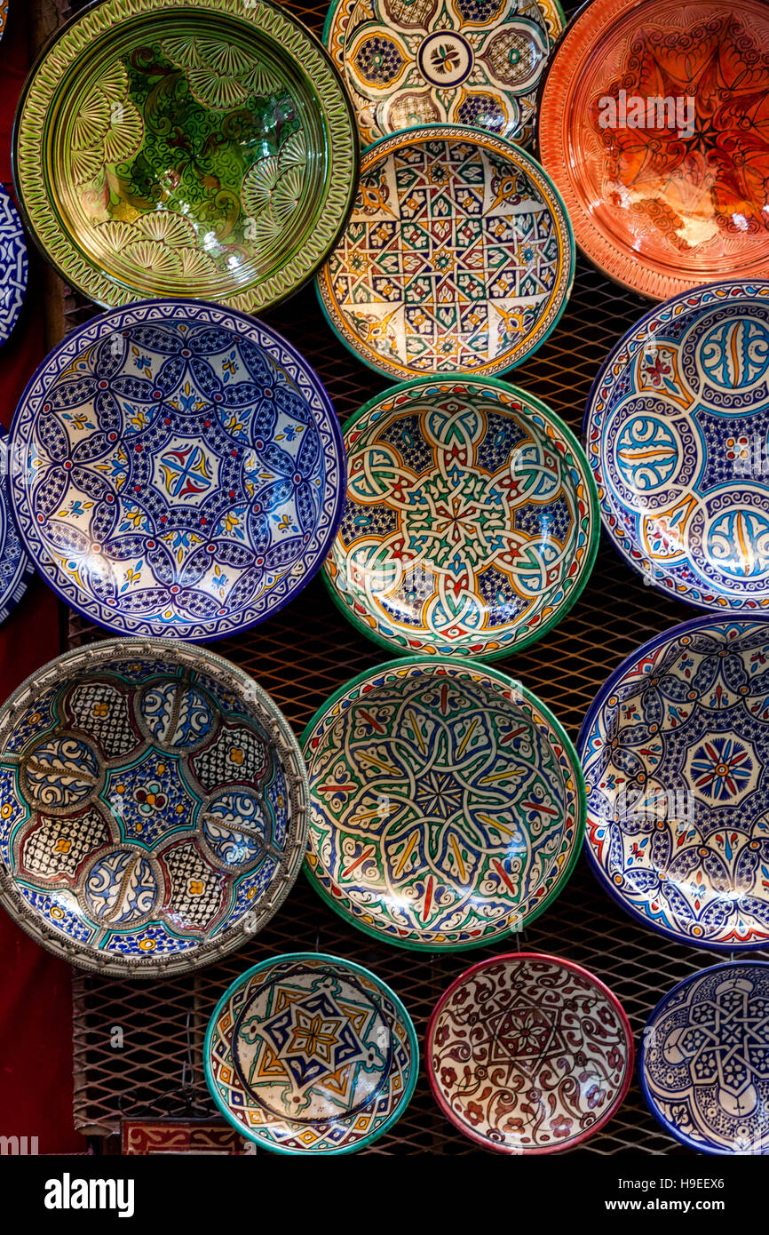 Moroccan plates stock photos moroccan plates stock images alamy moroccan plates and bowls for sale in the medina fez el bali fez reviewsmspy