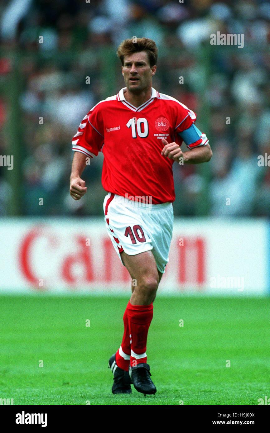 MICHAEL LAUDRUP DENMARK & AJAX FC 16 June 1998 Stock