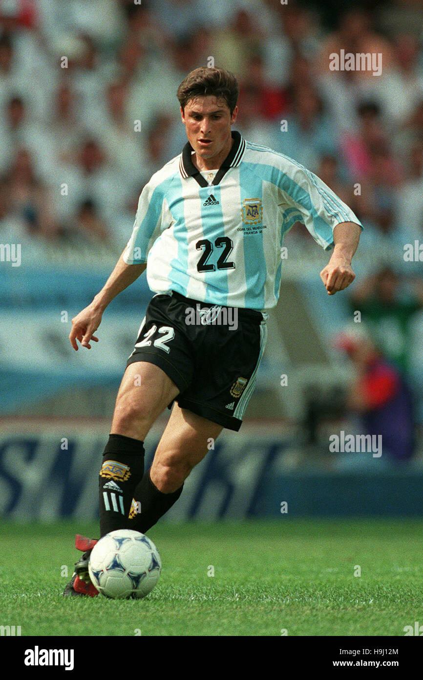 JAVIER ZANETTI ARGENTINA & INTER MILAN FC 25 June 1998 Stock