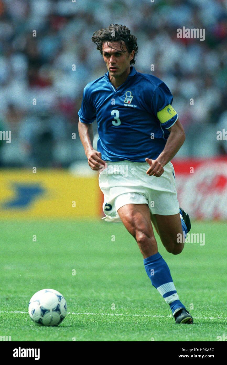 PAOLO MALDINI ITALY & AC MILAN 02 July 1998 Stock Royalty