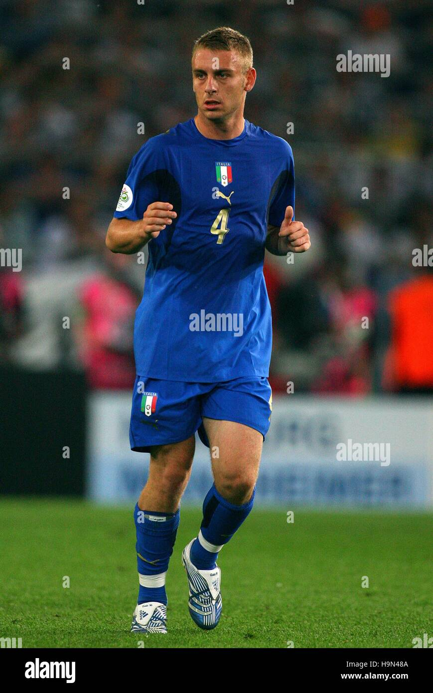 DANIELE DE ROSSI ITALY & AS ROMA WORLD CUP HANNOVER GERMANY 12