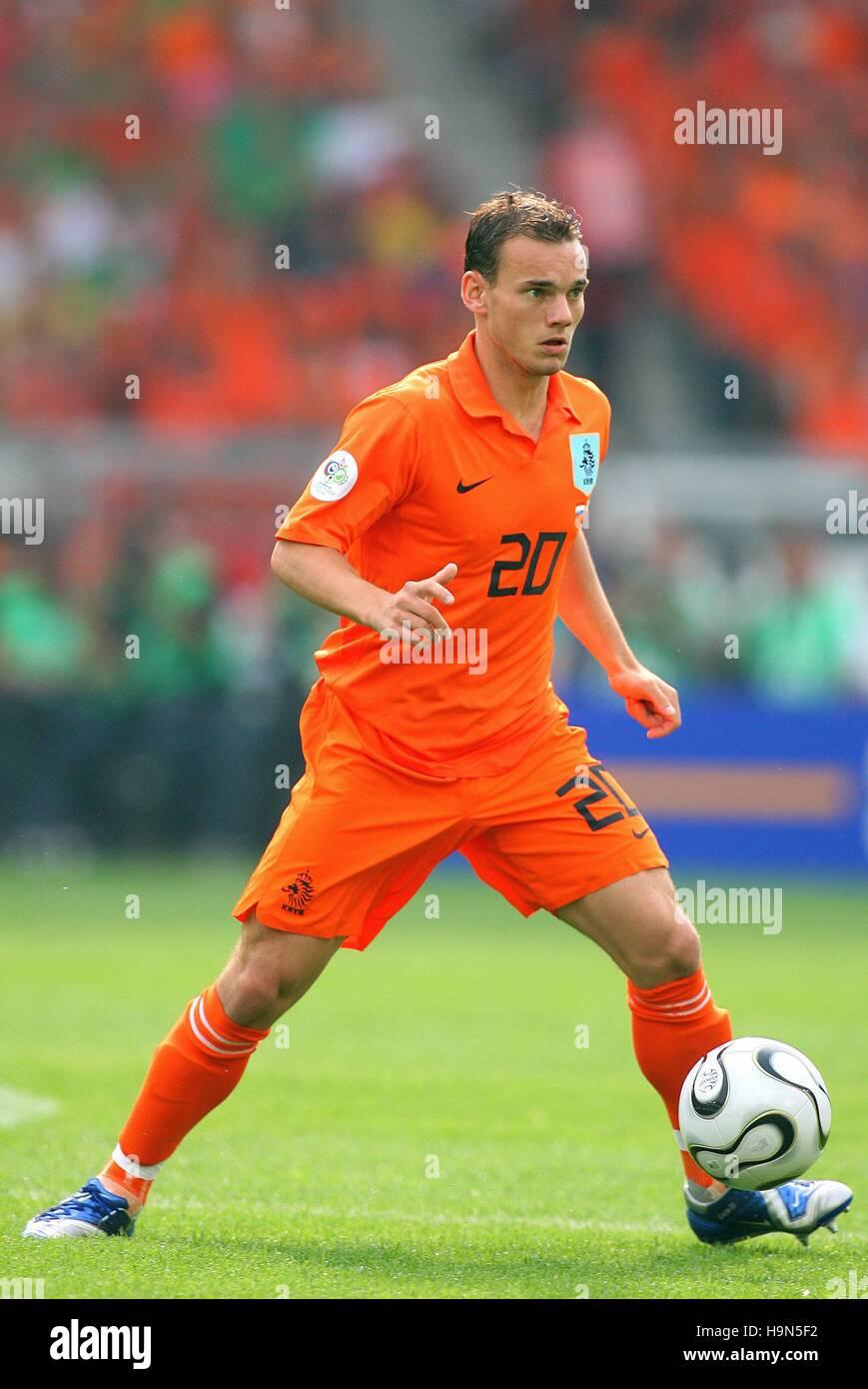WESLEY SNEIJDER HOLLAND & AJAX AMSTERDAM WORLD CUP STUTTGART