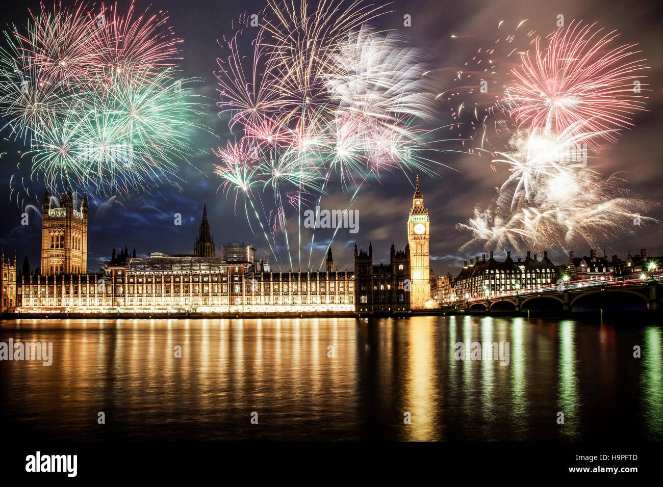 explosive fireworks around big ben new year 39 s eve. Black Bedroom Furniture Sets. Home Design Ideas