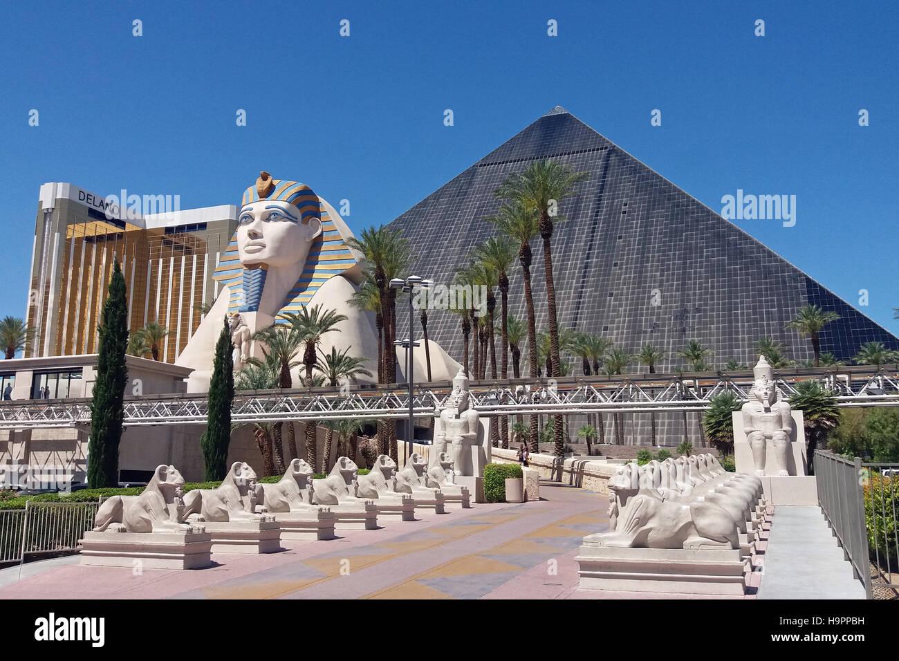 Luxor hotel and casino las vegas wikipedia