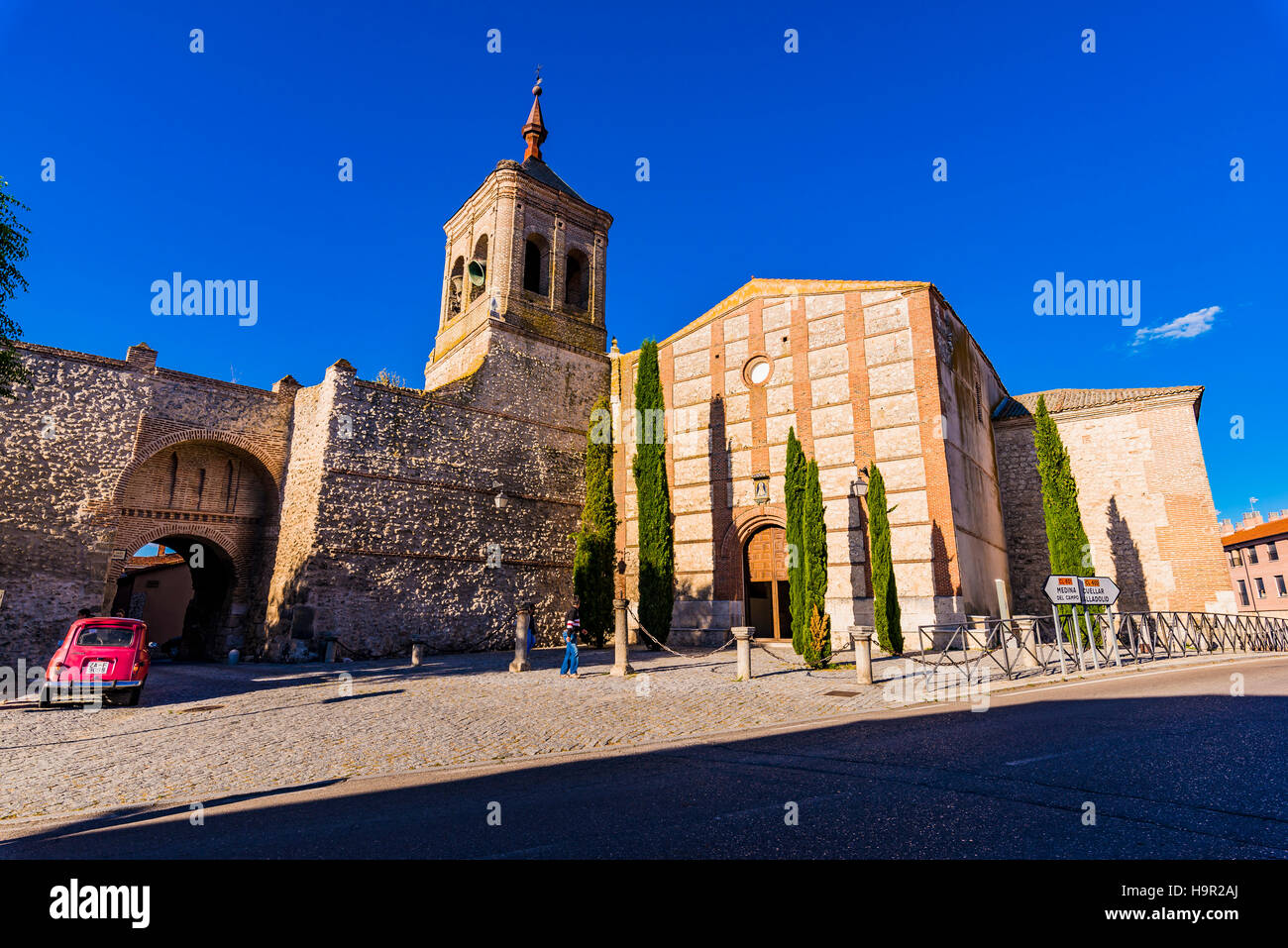 Notable Architecture church of san miguel, notable example of mudejar architecture and