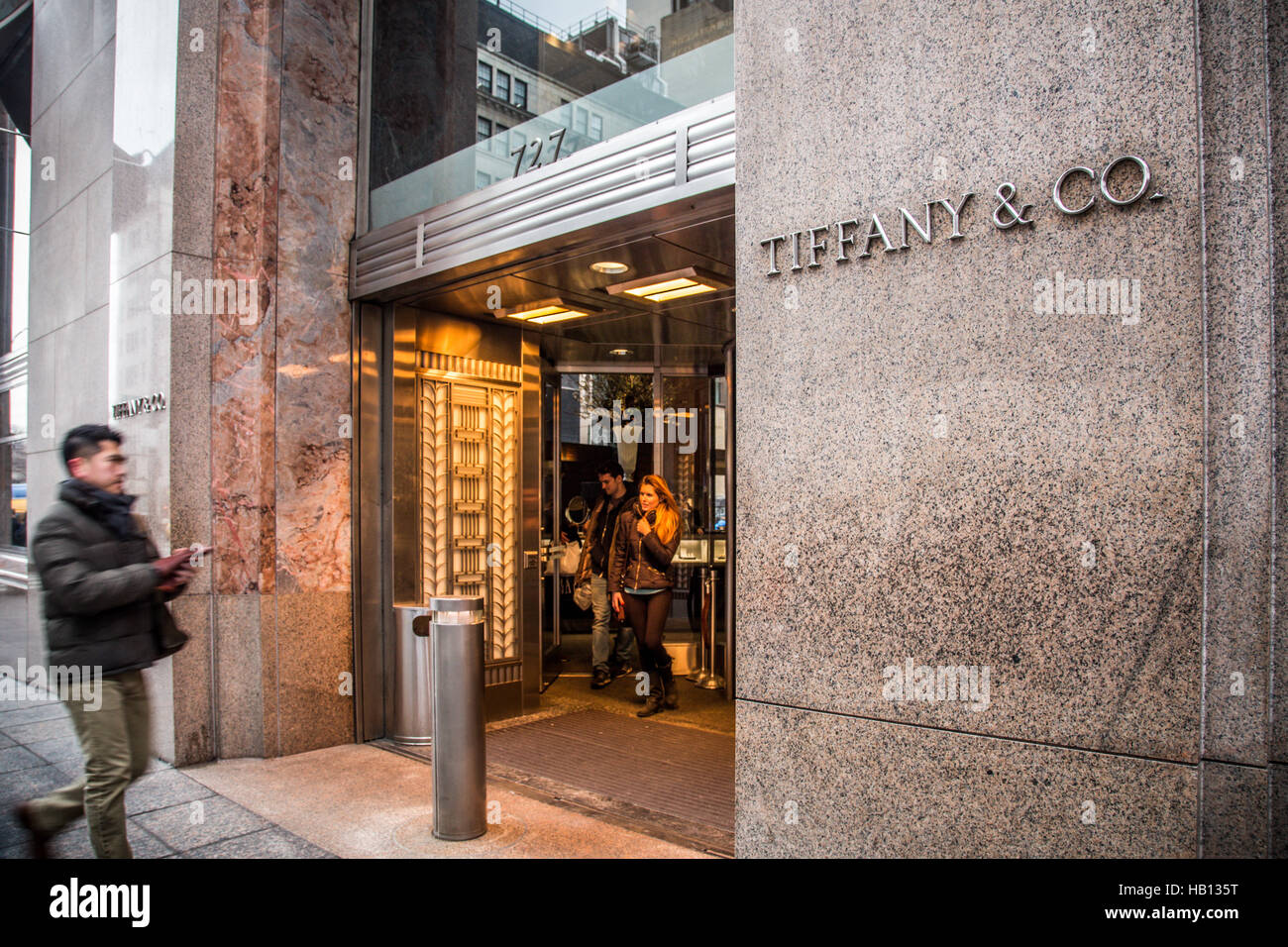 Tiffany and co stock photos tiffany and co stock images alamy exterior view of tiffany co on fifth avenue in new york city stock reviewsmspy