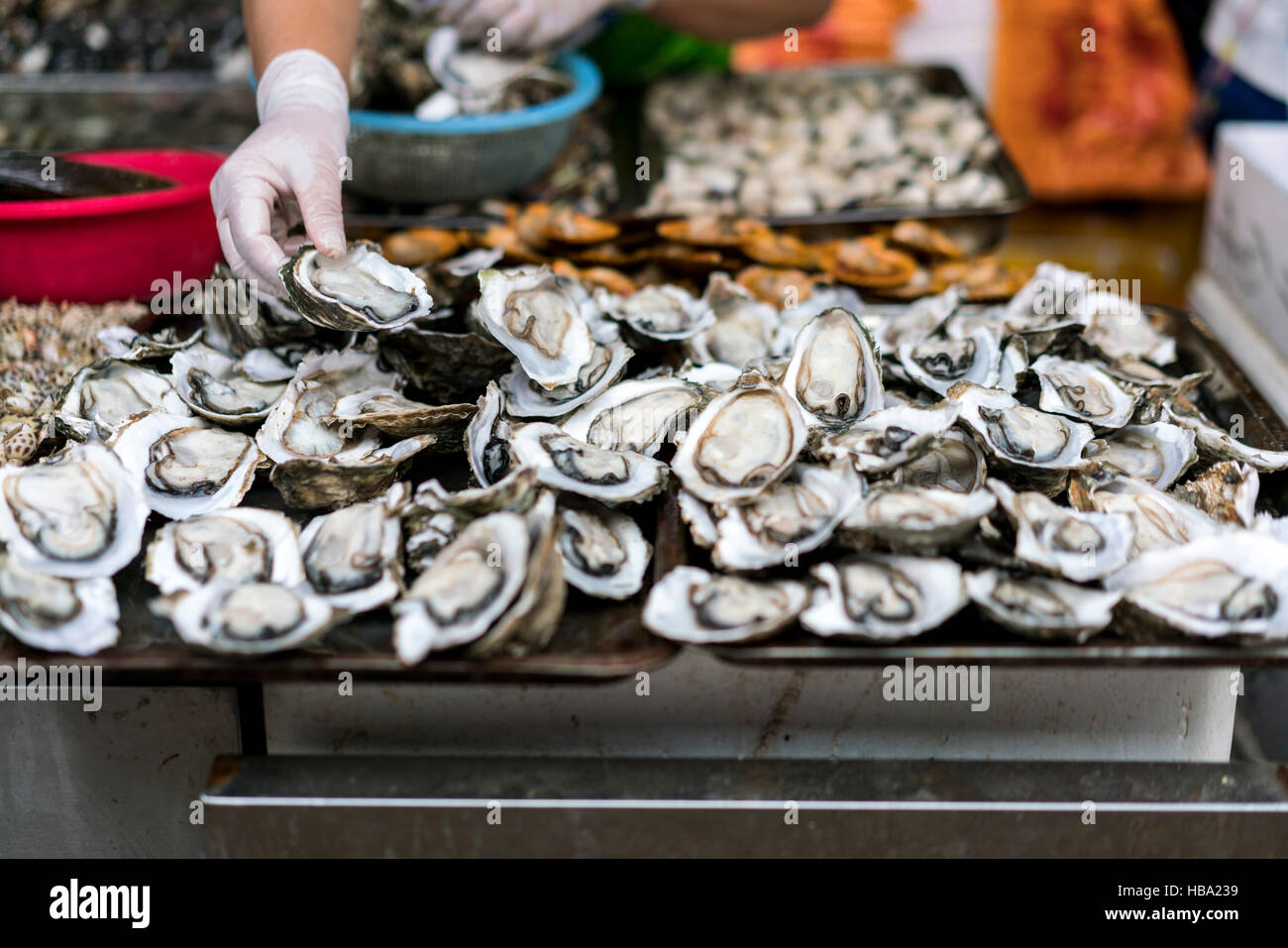 Fresh oysters for sale at Market in Hainan China Stock ... - photo#18