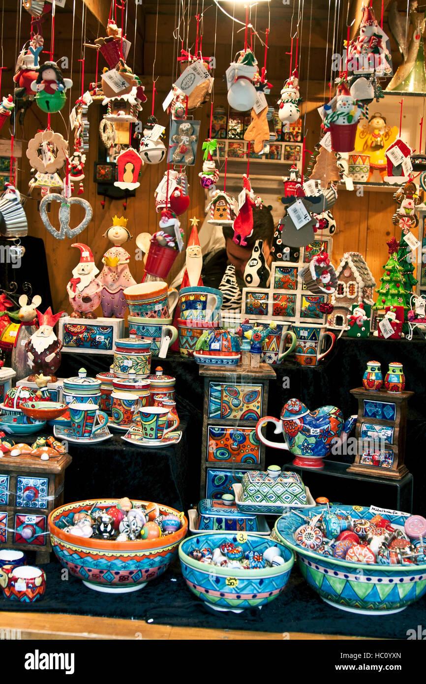 Christmas craft market at Ludwigsberg, Germany, bright, cheerful ...