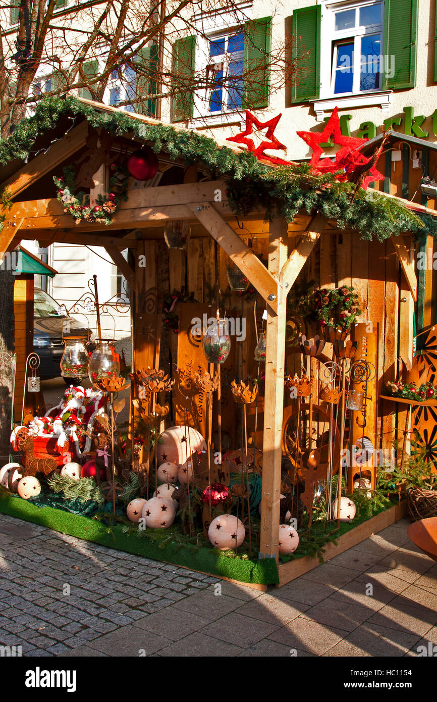 Christmas craft market at Ludwigsberg, Germany, a wooden ...