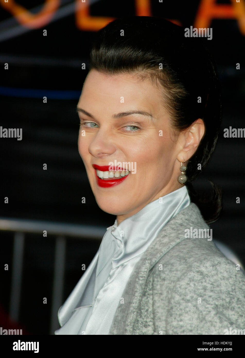 Debi mazar at the premiere for the film collateral in los angeles on