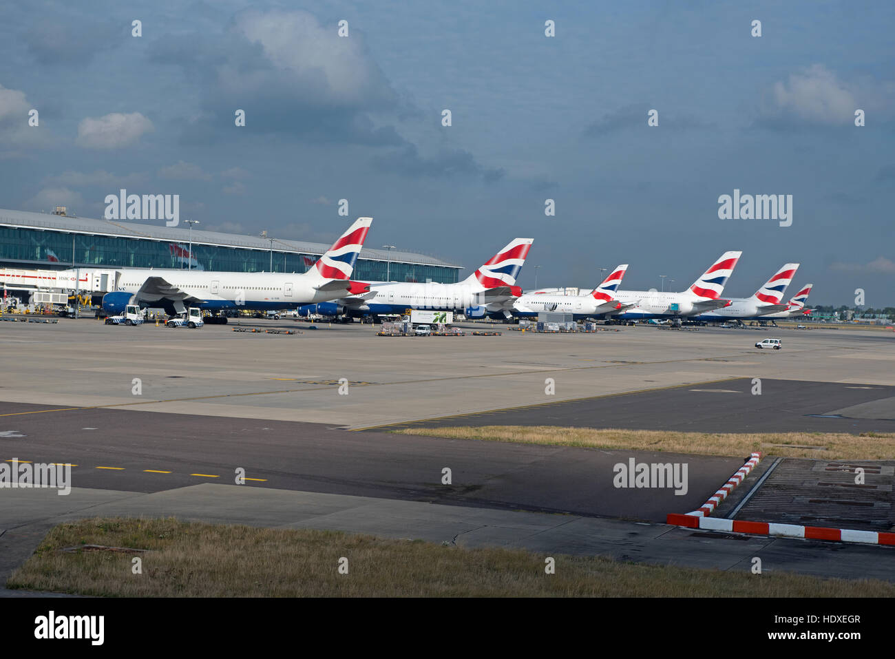 Special coverage 11273 gm - British Airways Aircraft Fleet Parked Outside Terminal 2 At Heathrow Airport London Uk Sco 11 273