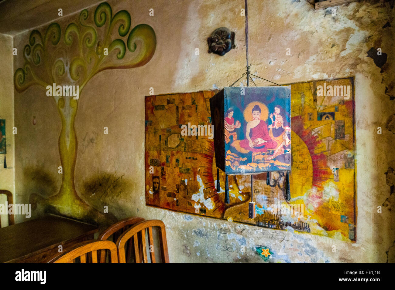 Famous cafe painting - Interior Design And Wall Paintings Of The Famous Cafe And Bakery Snowman At Freak Street
